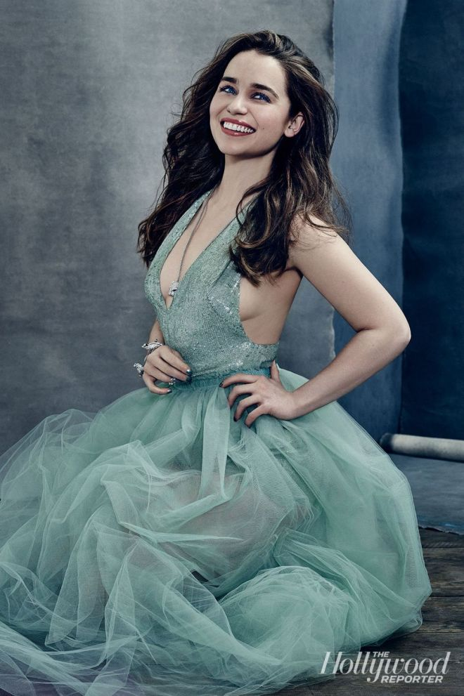emilia-clarke-by-miller-mobley-for-the-hollywood-reporter-april-2015-1