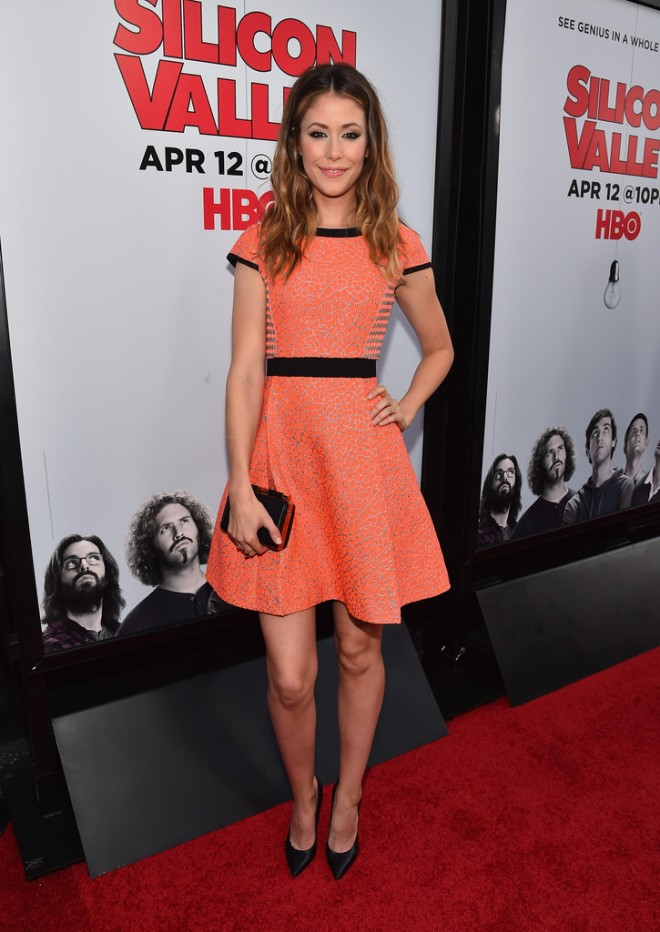 amanda-crew-premiere-hbo-silicon-valley-season-2-red-carpet-ted-baker-qiara-dress