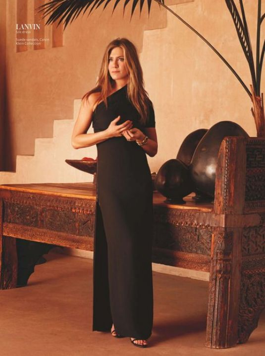 jennifer-aniston-for-instyle-uk-may-2015-3