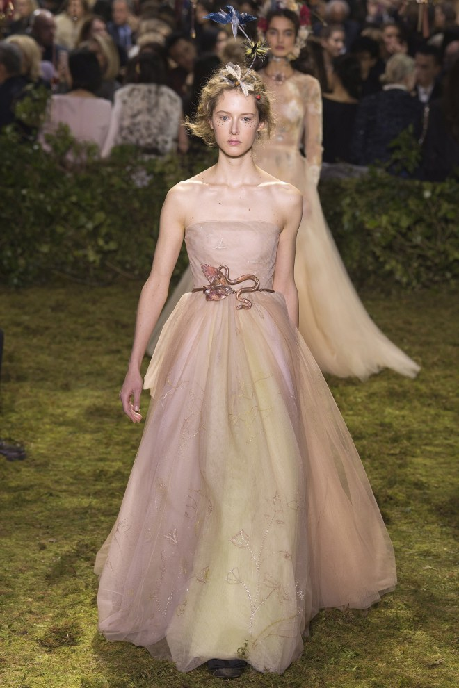 christian-dior-spring-2017-couture-24