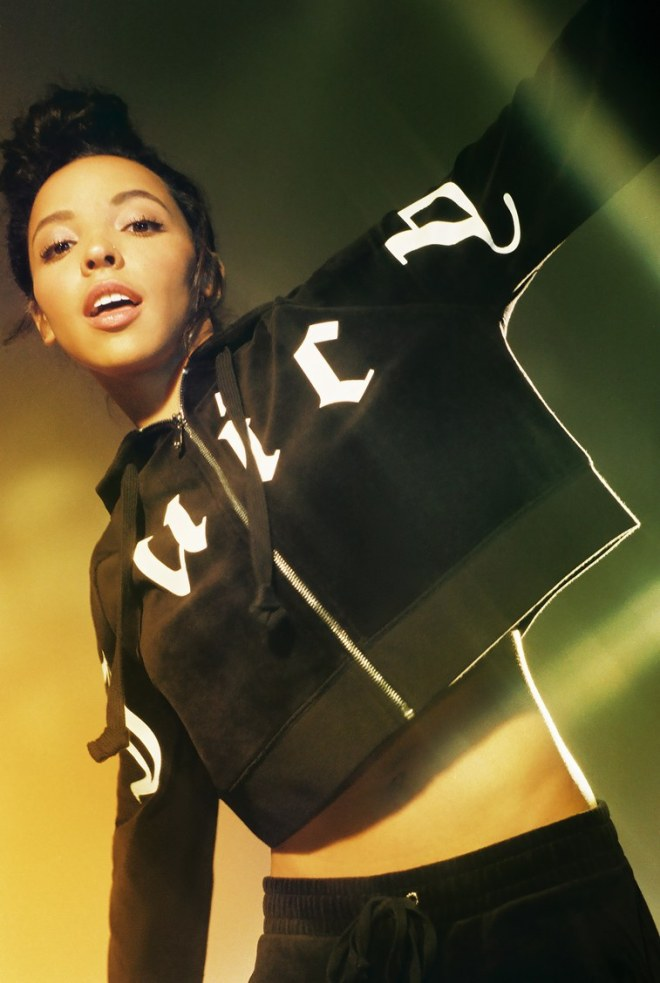 juicy_for_urbanoutfitters-tinashe-3