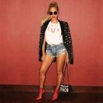 beyonce-instagram-valentino-julien-macdonald-menswear