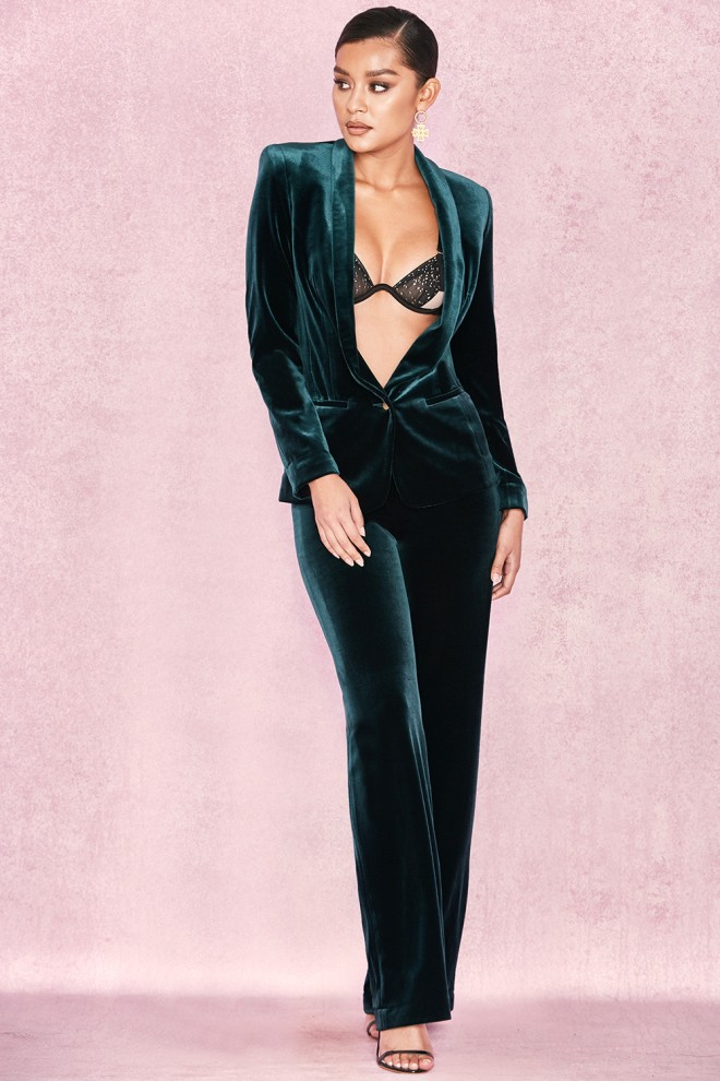 75ba51fe2dc1 Get Alexandra Burke s House of CB Arla Evergreen Velvet Suit